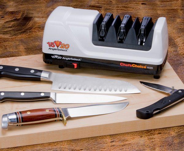 1520 lifestyle3 600x491 - Электрическая точилка для японских и европейских ножей Chef'sChoice 1520
