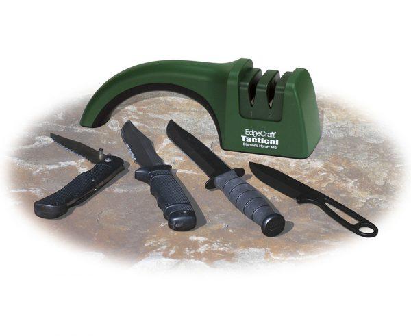 442 lifestyle1 600x491 - Механическая точилка для ножей Chef'sChoice 442