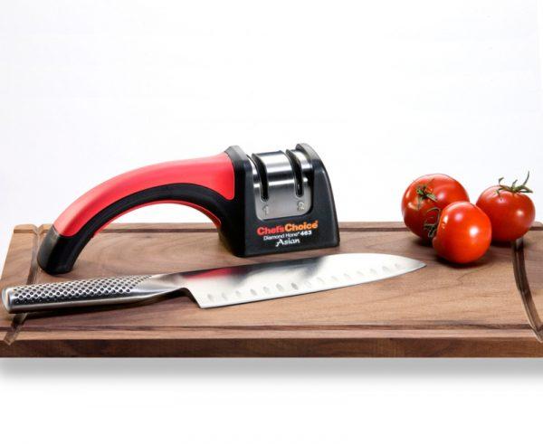463 lifestyle1 800x655 600x491 - Механическая точилка для японских ножей Chef'sChoice 463