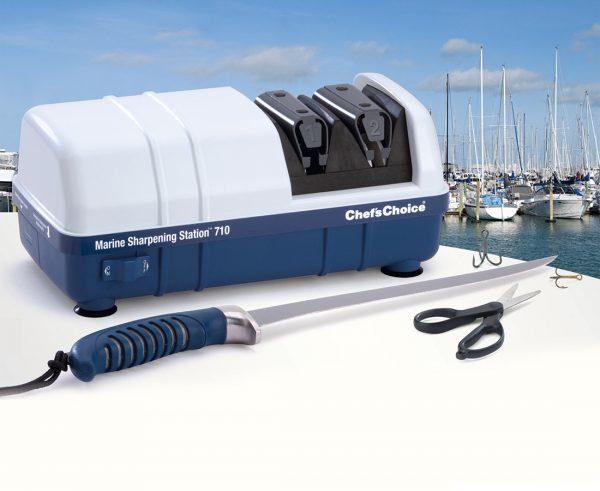 710 lifestyle1 600x491 - Электрическая точилка для рыбаков Chef'sChoice 710