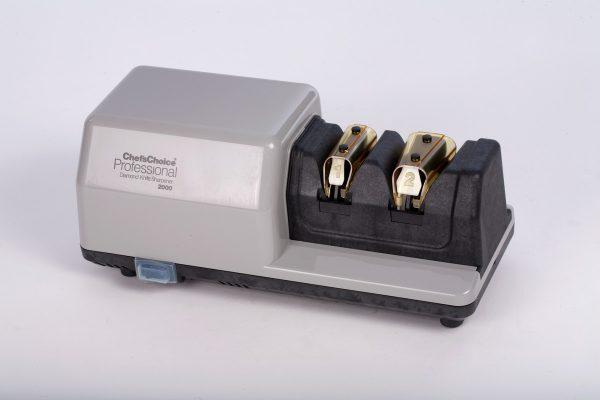 CH 2000 enl 600x400 - Профессиональная точильная станция Chef'sChoice 2000